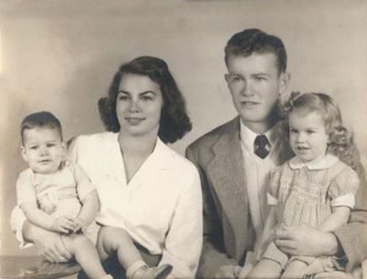 Darrell K Royal family photo